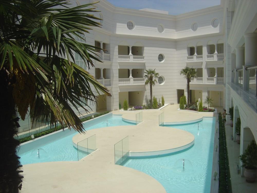 APOLAMARE HOTEL1
